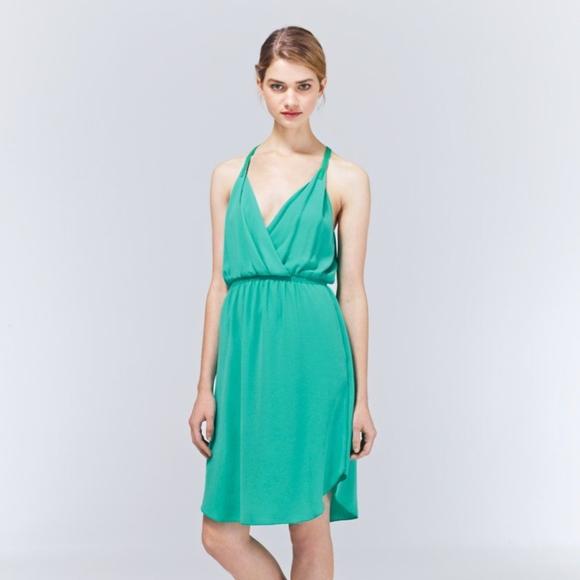 Aritzia Dresses & Skirts - Aritzia Wilfred Taleen Dress